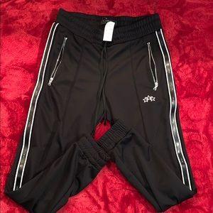 Tracks pants